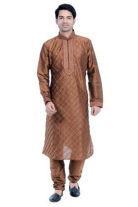 VASTRAMAY Men Regular Fit Blended 3/4th Sleeves Solid Kurta Pyjama - Brown