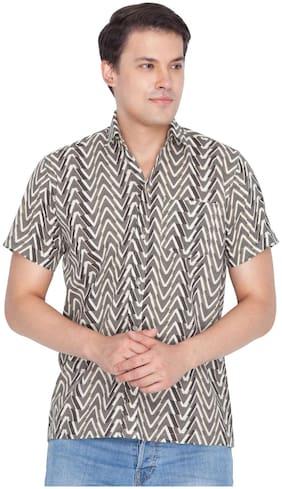 VASTRAMAY Men Brown Printed Regular Fit Casual Shirt