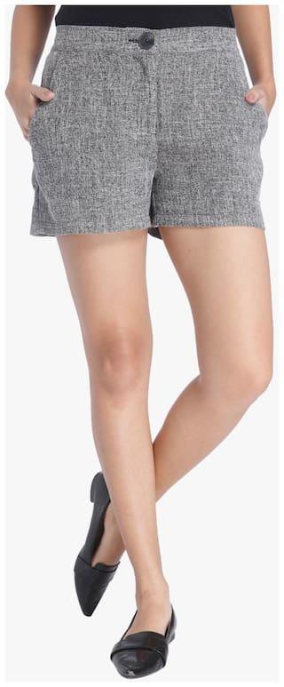 Vero Moda Women Solid Shorts - Grey
