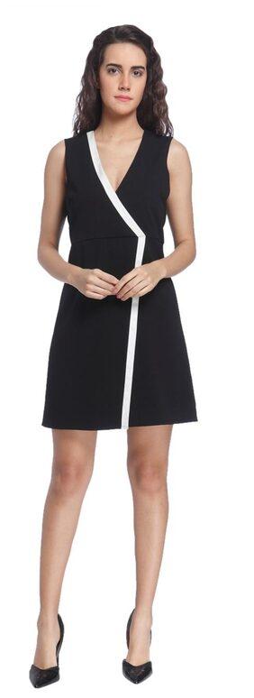 Vero Moda Women Black Sleeveless Solid V Neck Dress