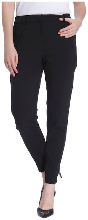 Vero Moda Women Regular fit Low rise Solid Regular trousers - Black