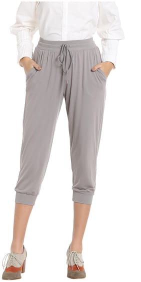 Vero Moda Women Solid Shorts - Grey