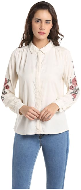 Women Embroidered Classic Collar Top