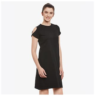 Miss Chase Women's Black Solid Round Neck Half Sleeve Shift Dress