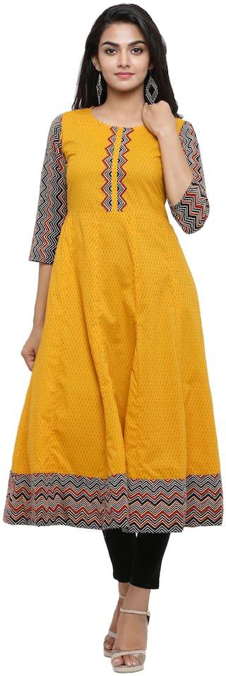 Yash Gallery Women Mustard Geometric Straight Kurta