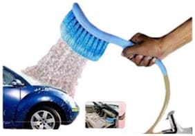 2-in-1 Car Cleaning Brush Water Spray