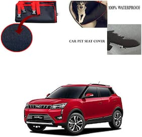 Famista Car Waterproof Pet/Dog Carriers Seat Cover Black Red for Mahindra XUV 300 2019
