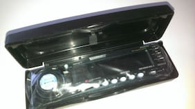 NEW Clarion DCP-315 Face Plate Assembly with Case for CLARION DRX7575Z