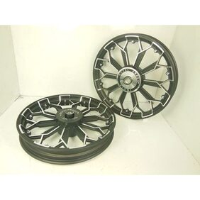 ROYAL ERADO HARLEY 5808 STYLE ALLOY WHEEL BLACK CHROME ROYAL BIKES STANDARD