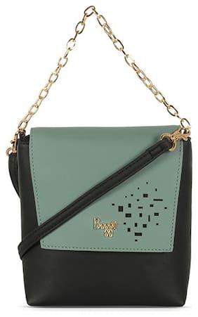 Baggit Black Nylon Solid Sling Bag