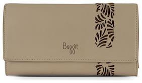 Baggit Women Solid Synthetic - Clutch Beige