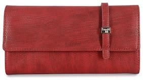 Baggit Women Solid Synthetic - Clutch Red