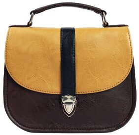 Bagsy Malone Women Solid Faux Leather - Sling Bag Brown