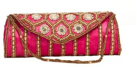 Aliado Women Wool Clutch - Pink