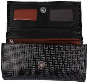 Aliado Women Solid Faux Leather - Clutch Black