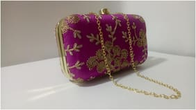 ETERNALLY18 Women Embellished Synthetic - Clutch Pink