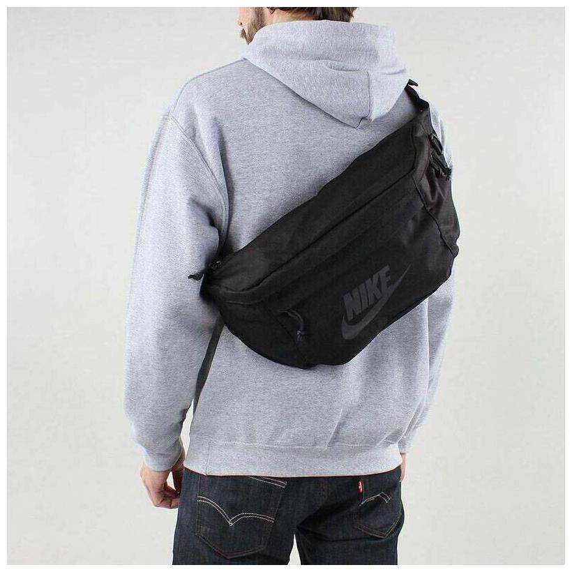 Nike Men/'s Sportswear HERITAGE Large Tech HIP PACK Black BA5751-010 d