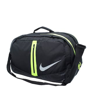 fc69e02ea703 Buy Nike Polyester Men Duffle Bag - Black Online at Low Prices in ...