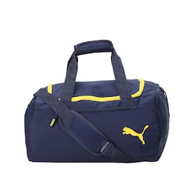 aff5a01efe Duffle   Gym Bags for Women – Buy Travel Duffle   Gym Bags Online at ...