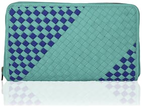 Lost & Found Women Solid Fabric - Clutch Green