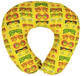 The Crazy Me Sunglasses Pattern Travel Neck Pillow (medium)