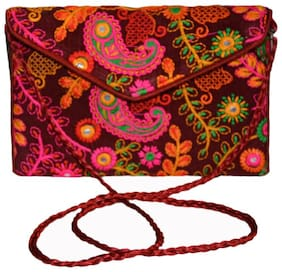 Vedic Deals Women Solid Canvas - Clutch Maroon