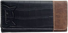 Woman Black Textured Wallet