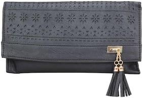 ZORNNA Women Solid Faux Leather - Clutch Black