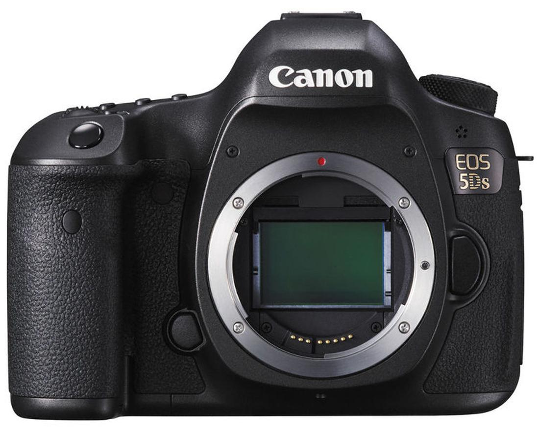 Canon EOS 5DS (Body Only) 50.3 MP DSLR Camera (Black)