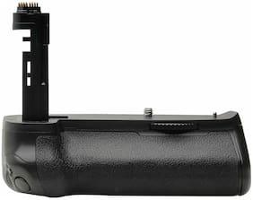 New Vivitar VIV-PG-7DMII Deluxe Power Camera Grip for Canon 7D Mark II Camera