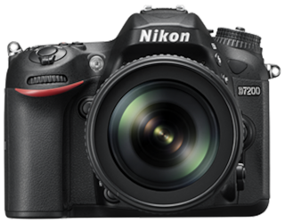 Nikon D7200 Kit (AF-S DX NIKKOR 18-140 f/3.5-5.6 G ED VR) 24.2 MP DSLR (Black) + FREE Nikon DSLR Bag + 16GB Memory Card
