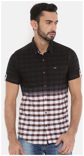 The Indian Garage Co Mens Black Checked Casual Shirt