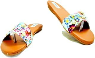Zed Max Women Flat Sandal