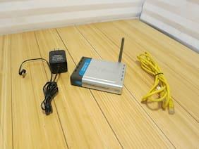 D-Link DI-524 802.11g 2.4GHz Wireless G Router