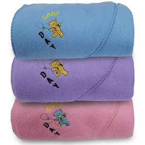 Alamodey Hooded Crib Baby Blanket Multi Color (Pack of 3)