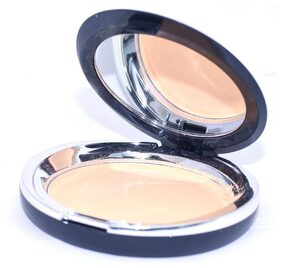 Coat Me Bonjour Paris Gentle Compact Powder - Beige Skin