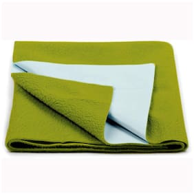 JC ( Jaipur Crafts ) Instadry Extra Absorbent Dry Sheet/Bed Protector/Waterproof Baby Dry Sheet (Golden Green Color) Large (142.24 cm x 99.06 cm x 1 cm )