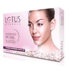 Lotus Herbals Radiant Pearl Cellular Lightening Facial Kit