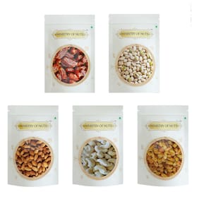 MINISTRY OF NUTS Classic Dry Fruit Gift Box Almonds 150g, Seedless Raisins 150g, Roasted & Salted California Pistachios 125g, Whole Cashew Nuts 150g, Dates- 175g Diwali Gift Box for Family and Friends