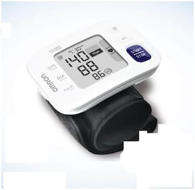 Omron HEM 6181 Fully Automatic Wrist Blood Pressure Monitor / Blood pressure Machine