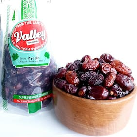 Valleys Premium Safawi Dates Healthy And Natural 900g (Pack Of 1)