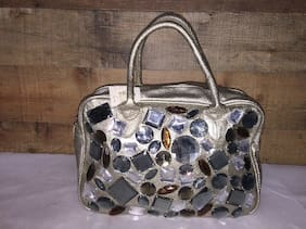 Women Bag Silver And Diamond Decorate New (with Defects)