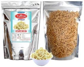 Yuvraj Ratlami Laung Famous Sev Crispy & Spicy Namkeen 1 kg ( Pack of 1 )