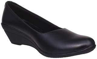 1 Walk Women Black Bellies