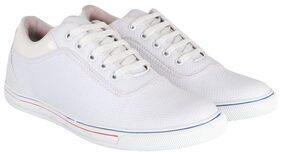 Aarnato Men White Casual Shoes