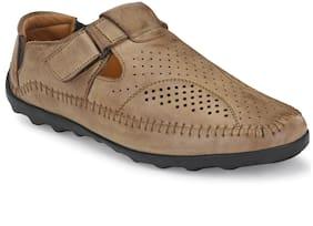 Aash Posh Unisex Beige Sandals