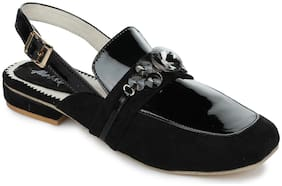 Aber & Q Women Black Sandals