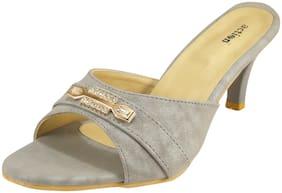 Action Women Grey Sandals