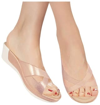Action Women Pink Wedges