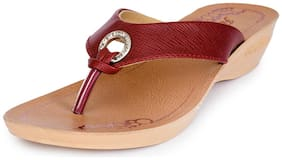 Action Women Maroon Slippers